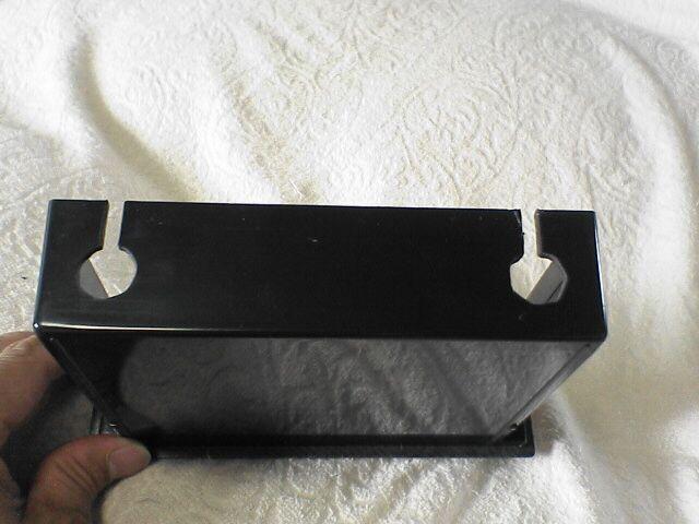 ipod収納つきカーステで音楽を。 【カーステ+加工BOX取付】 引き出し加工