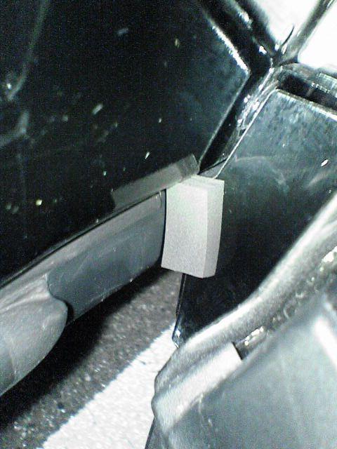 ドア下の汚れ対策 【隙間テープ版】 隙間塞ぎ
