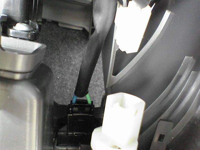車内にAC100Vコンセント設置 【ソケット取付】 取り付け