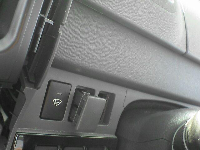 車内に100Vコンセント設置【設計とスイッチ取付】メクラ外し