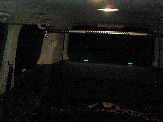 スキー場の車中泊も余裕。 【窓断熱パネル作成 その3】 装着図