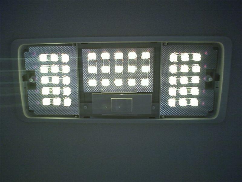 室内LED化。ドームライト完成 【ルームライトLED化(ドームライト左右)】 全部換装