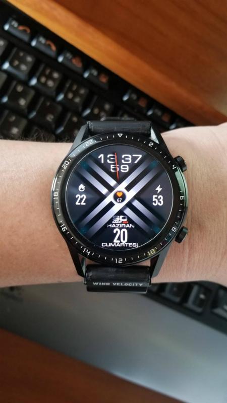 今日のウォッチフェイス(6/23):X-MENデザインっぽいデジタルフェイス 【HUAWEI WATCH GT2】 SO35