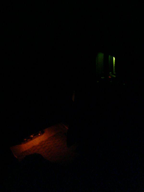 光に導かれ扉を開ける 【ドアハンドルにLED埋込み(スライド内側)】 フットランプコラボ 運転席側